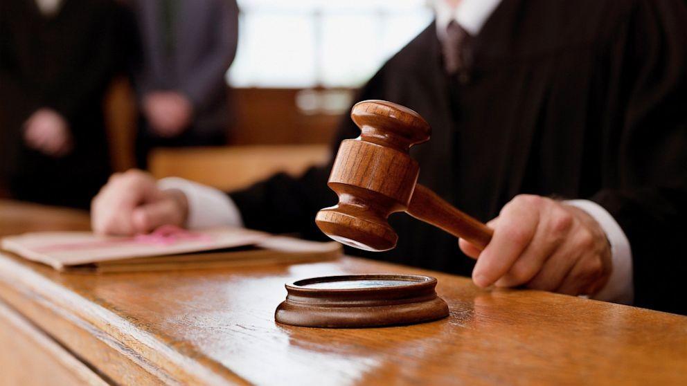 Юридична п'єса: Як ІРРП судиться з СБУ за доступ до декларацій